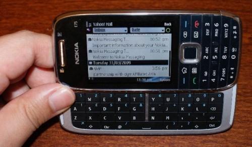 http://www.techgoondu.com/wp-content/uploads/2009/04/dsc04059-500x292.jpg