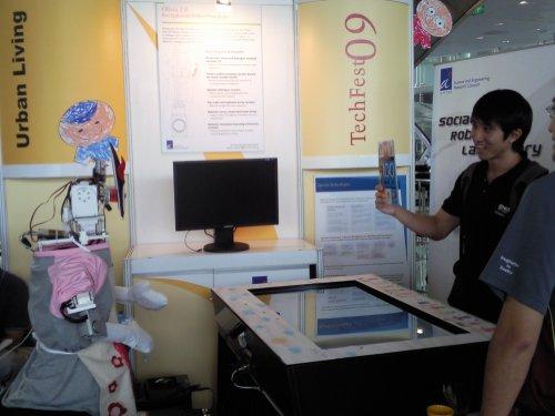 Techfest 09 - robot