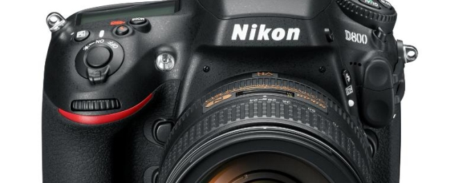 Nikon D800: this could be the mini-D4 you're looking for