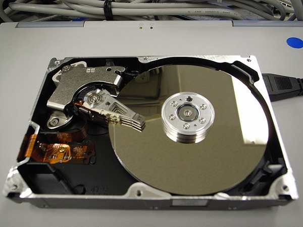 Sharp increase in external hard disk prices at IT Show 2012
