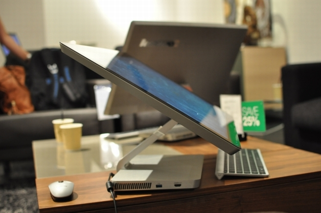 Hands-on: Lenovo IdeaCentre A720 is like the Surface for your home