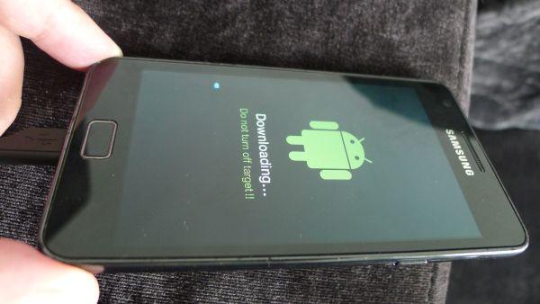 Samsung Galaxy S II gets Ice Cream Sandwich update in Singapore – finally