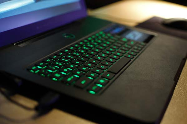 Hands on: Razer Blade gaming notebook in Singapore with S