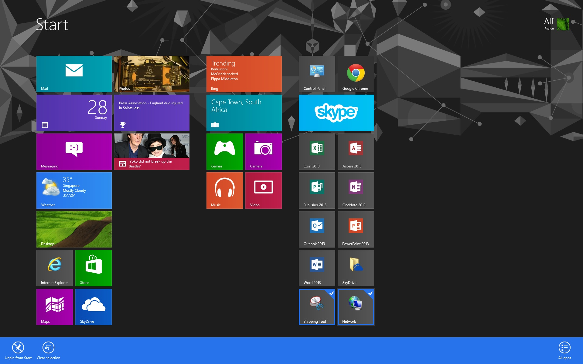 how to automatically start up programs windows 8
