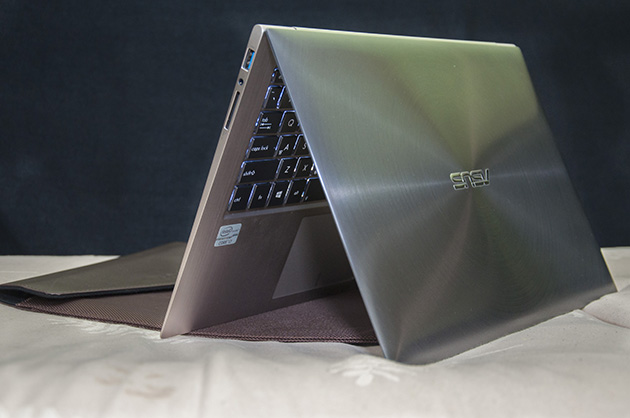 Goondu review: ASUS Zenbook Touch