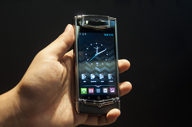 Hands-on: Vertu TI