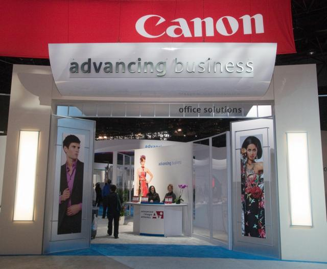 Canon extends business outsourcing services to Singapore
