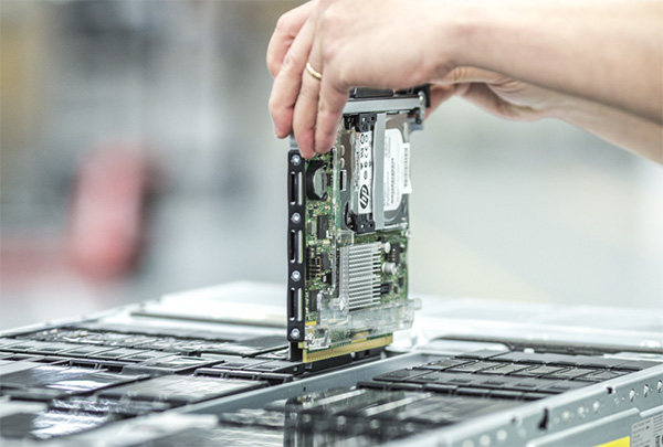 HP shows off new 'Moonshot' microservers in Singapore