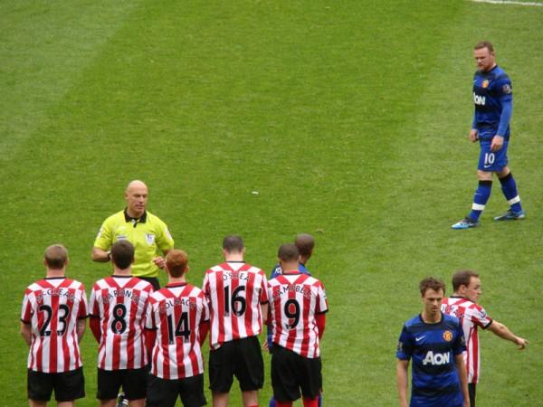 SAFC_v_MUFC_Wayne_Rooney_free_kick