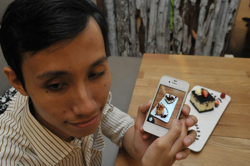 StarHub app promises to help blind persons identify objects