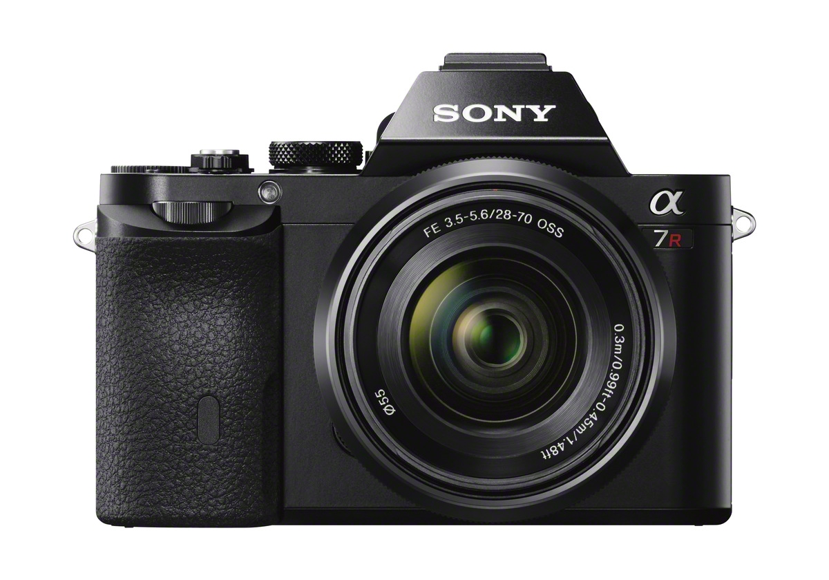 Singapore gets Sony Alpha 7 at S$1,999 and Alpha 7R at S$2,799
