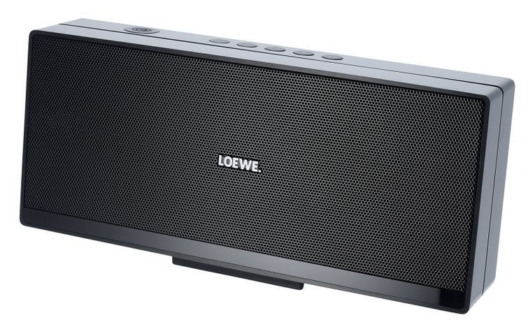 Hands on: Loewe Speaker2Go and Bose SoundLink Mini