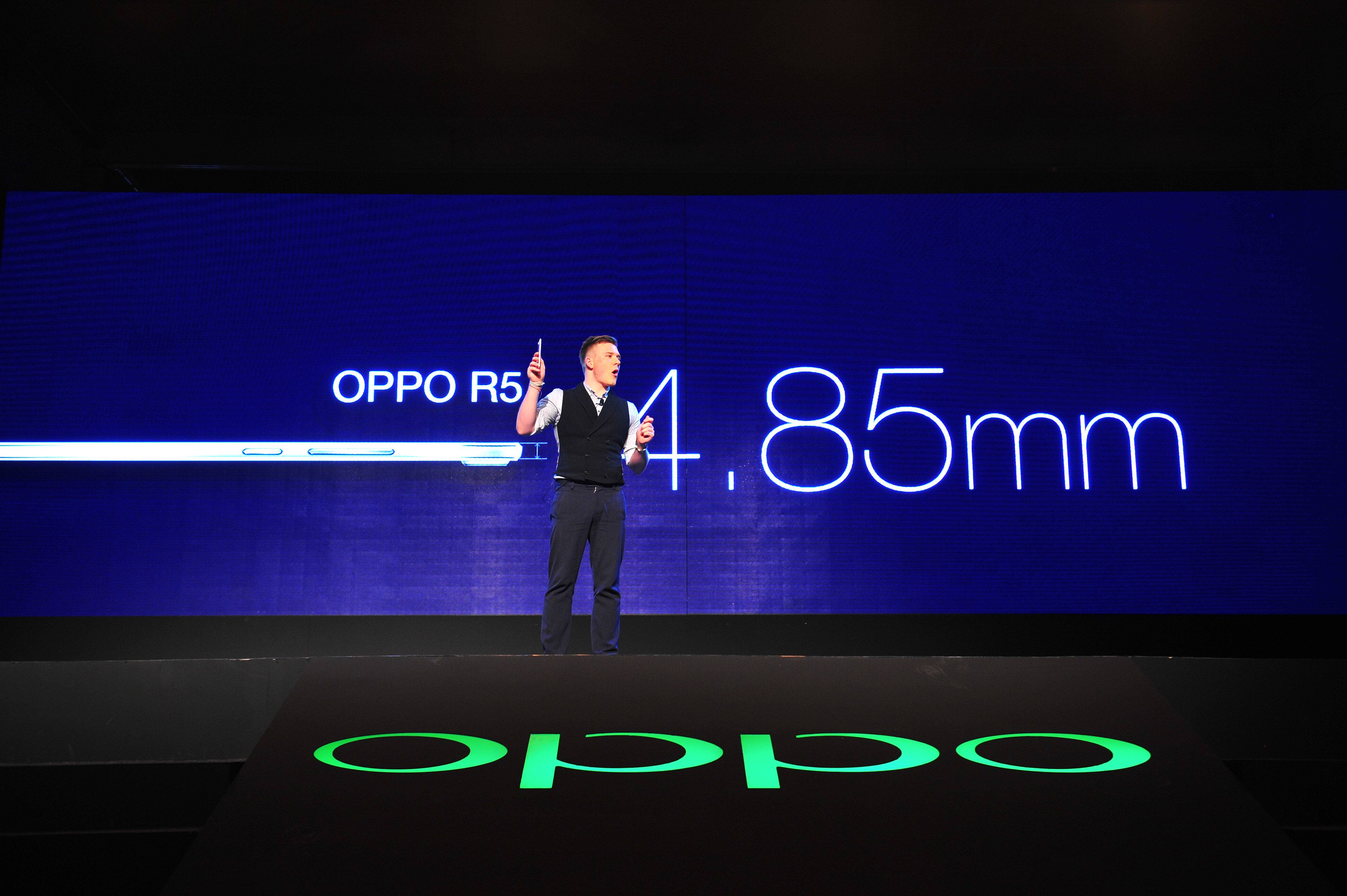 Oppo shines with top-end N3 and skinny R5 phones ...