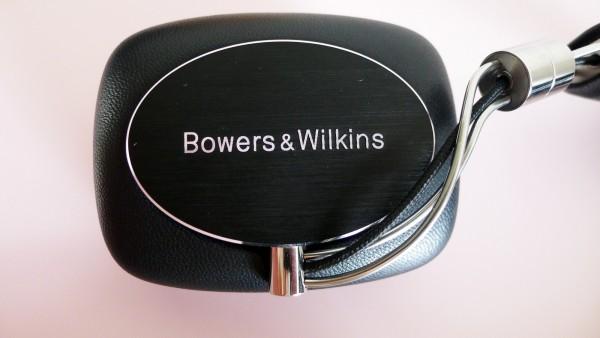 B&W_P5_Wireless_07