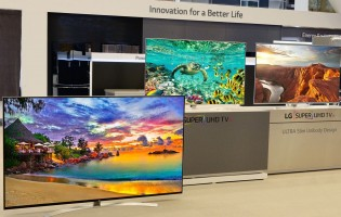 Thin is in again with new LG LCD TVs at CES 2016