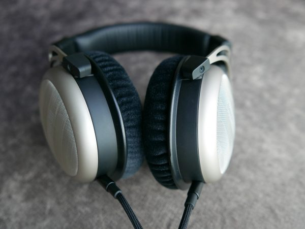 Beyerdynamic T1 second gen 12