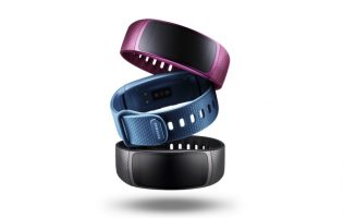 Hands on: Samsung Gear Fit2 and Gear IconX