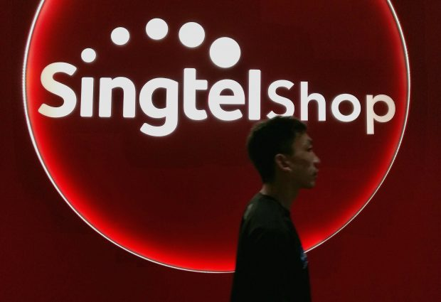 As competition heats up, Singtel brings out unlimited mobile plans