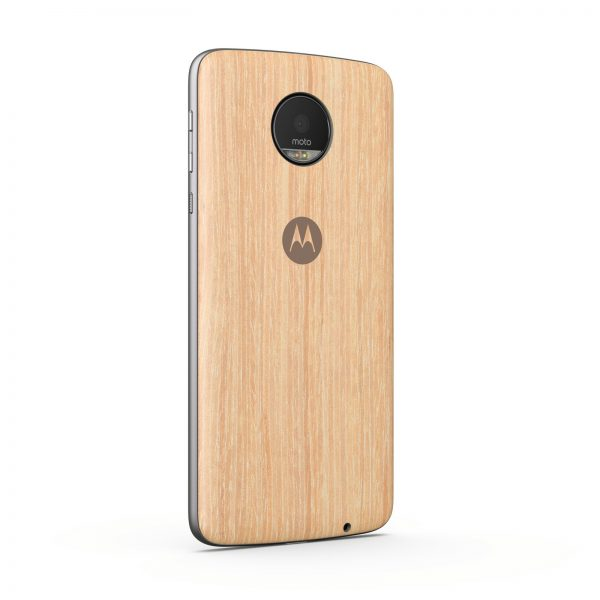 Moto Z with a snap-on back cover. PHOTO: Handout