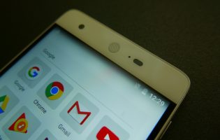 Goondu review: Sharp Z2 is worth a look