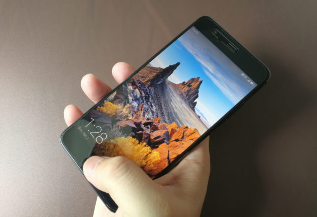 Hands on: Huawei P10 Plus banks on camera quality