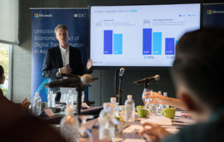 Digital transformation to add US$10 billion to Singapore economy by 2021: IDC