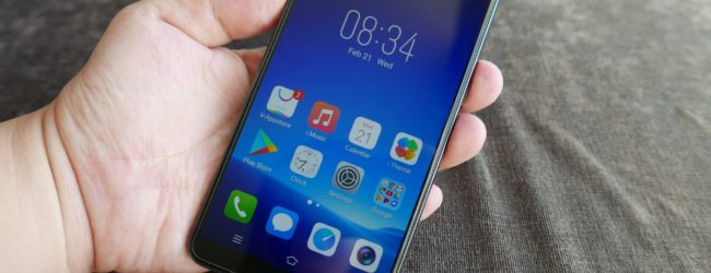 Hands on: Vivo V7+ sports a decent design but is let down by drab screen