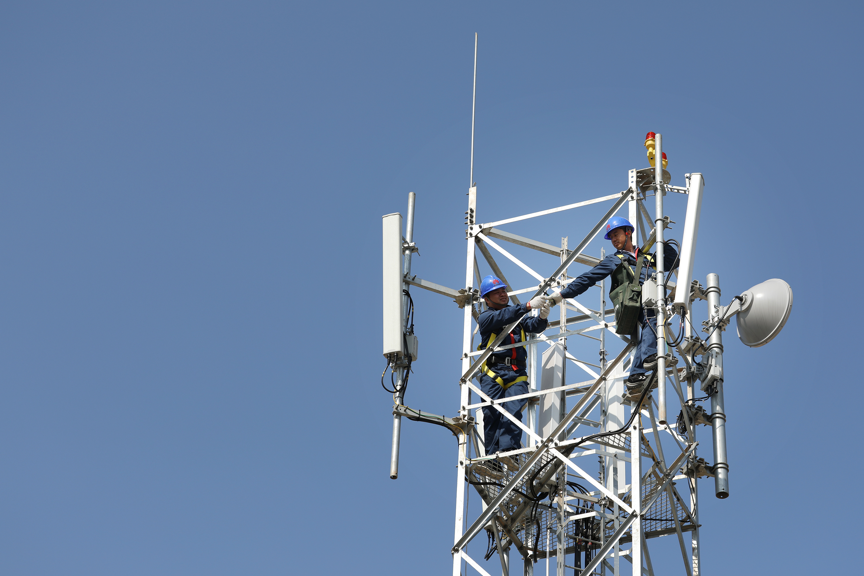 As telcos prepare for 5G, no more frantic search for a