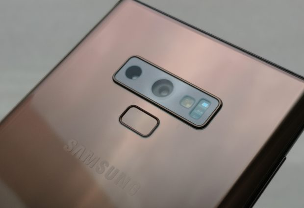 Facing slower sales, Samsung doubles down on features with pricey Galaxy Note 9