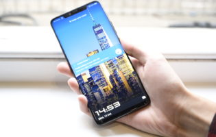 Does the lack of a monochrome sensor make the Huawei Mate 20 Pro a downgrade?