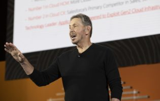 Oracle goes AI in a big way with cloud, database services