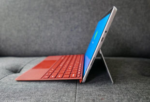 Goondu review: Microsoft Surface Go 3 looks decent but doesn't perform up to speed